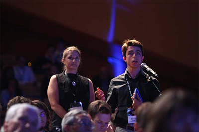 Students posit questions to keynote speakers at GGCS 2017